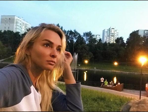 http://s1.uploads.ru/51NlQ.jpg