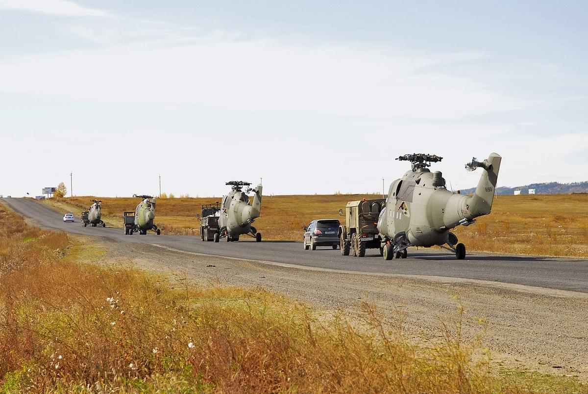 MI-25: FUERZA AEREA DEL PERU  - Página 4 SHy43