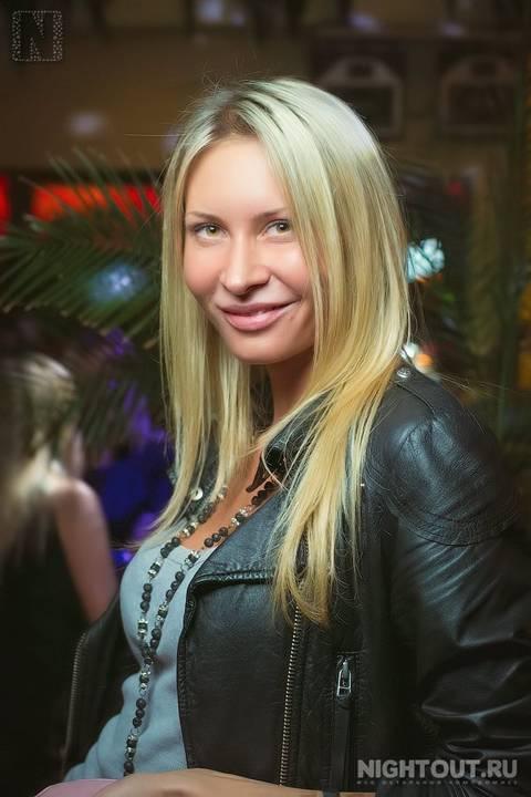 Элина Карякина - Страница 2 Fm2oA